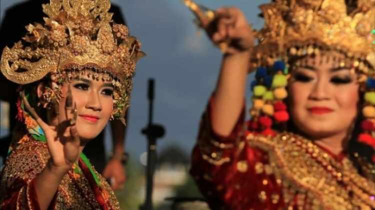 Gambar riasan penari sriwijaya