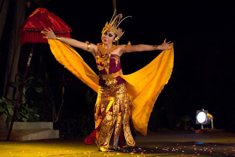 Tari Cendrawasih Buleleng Bali