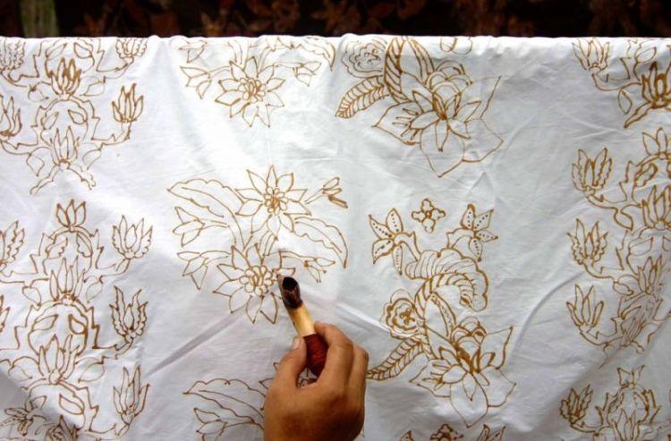 Gambar ciri khas batik Solo