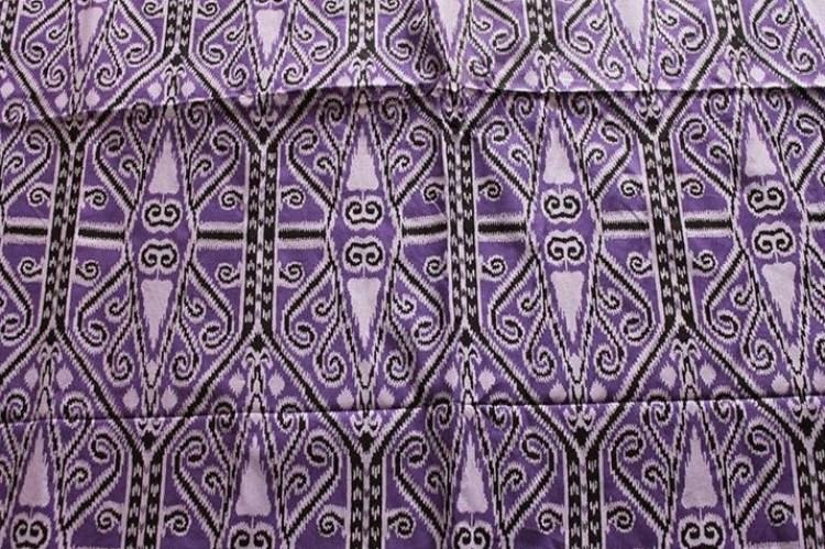 Gambar motif mandau