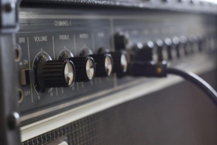 Gambar amplifier gitar
