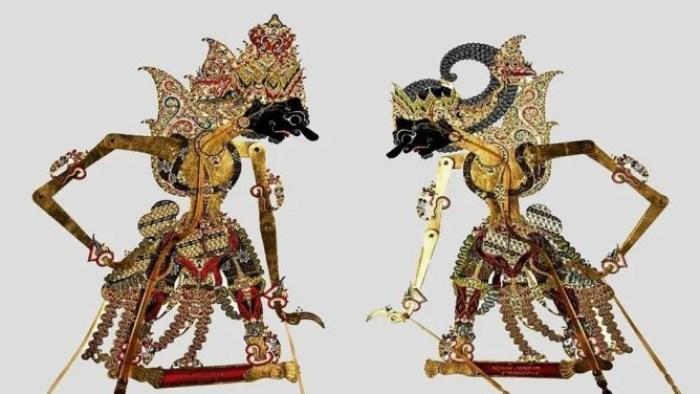 Gambar wayang Arjuna dan Karna