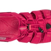 The Unbearable Lightness of KEEN's Clearwater CNX Sandals for Women