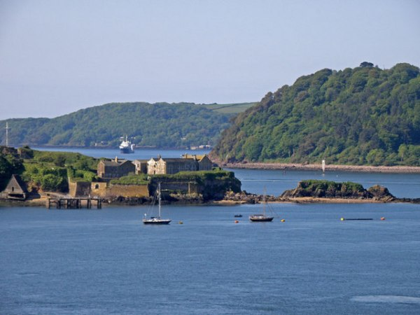 Drakes_Island,_Plymouth_Sound_-_geograph.org.uk_-_1455034