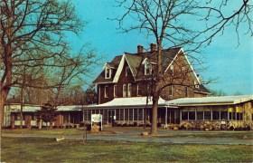 Baptist Home, now Riverview Estates - postcard