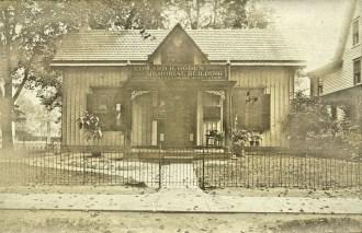 Edward H. Ogden Mem. Bldg. Riverton Free Library