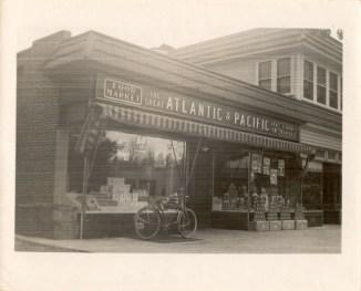 A&P, Main St., Riverton, NJ photo