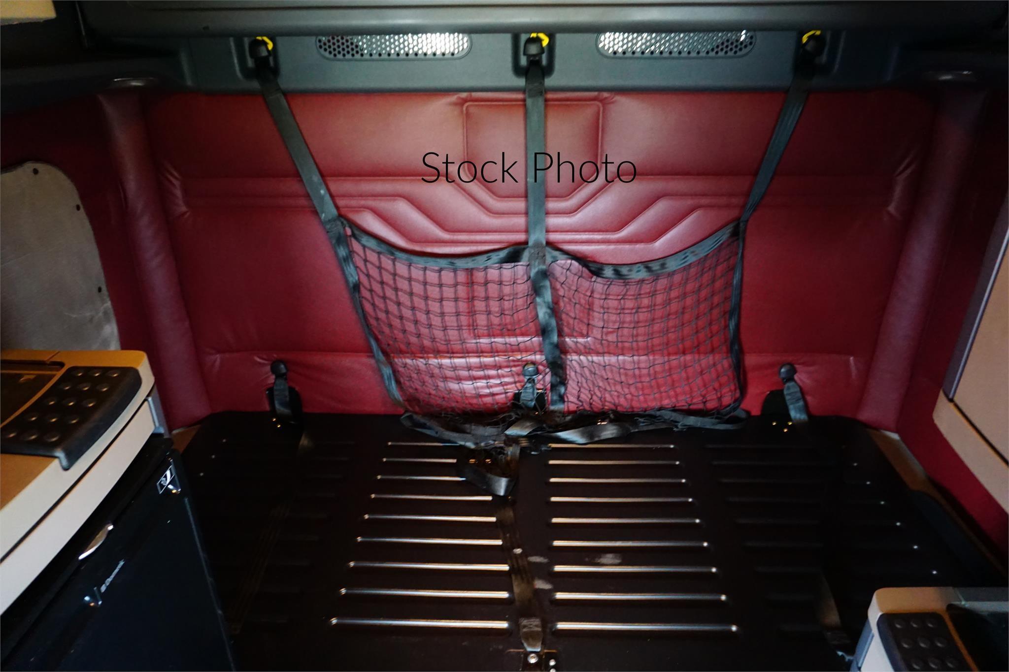 2003037 stock photo10