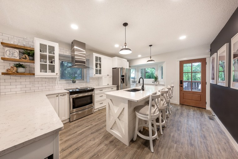 kitchen overview for custom home renovation