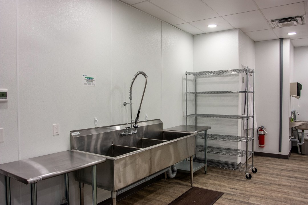 wash station in bakery