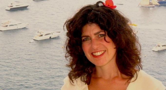 Dena Lyons, Monaco-based artist