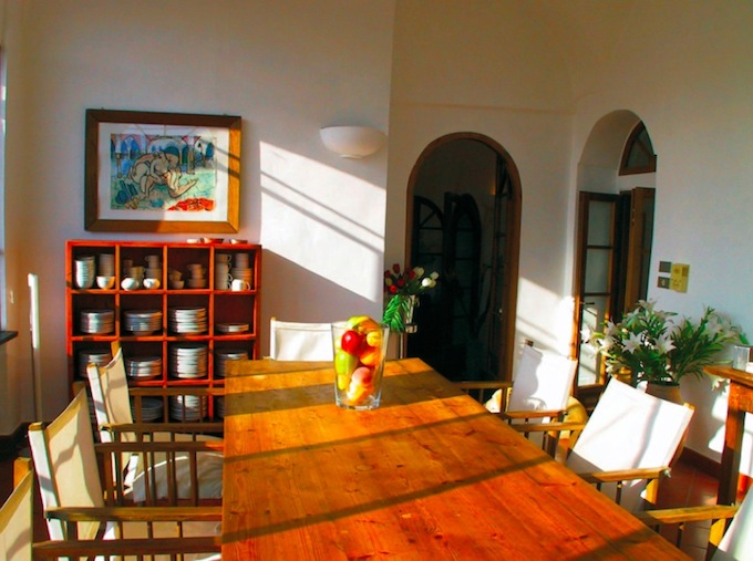 The kitchen in the Isolalunga villa