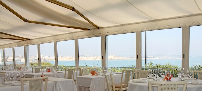 The superb Mediterranean view from Restaurant de Bacon
