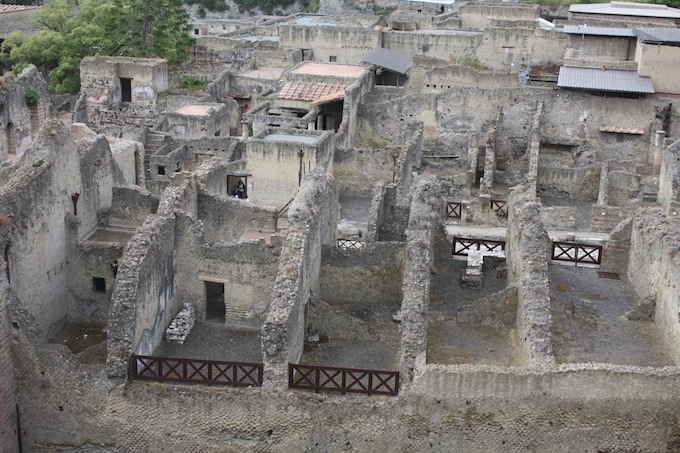 The ruins in Pompeii near Mount Vesuvius in Italy