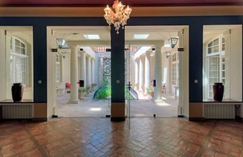 HH2-hallway