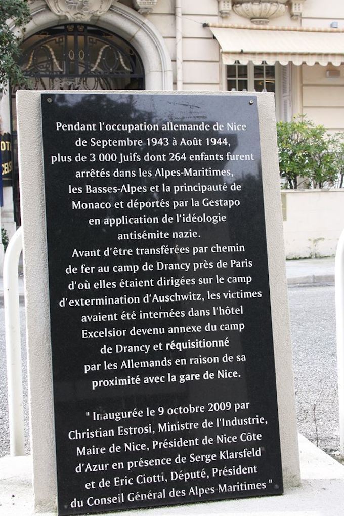 Plaque at the Excelsior Hotel in Nice
