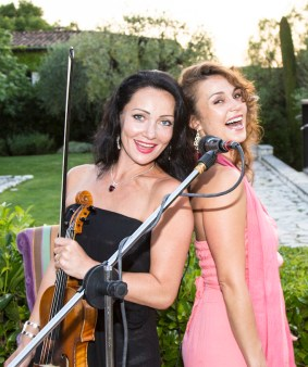 Bobbi Rae and violinist Natalia Desire at Le Mas de Pierre