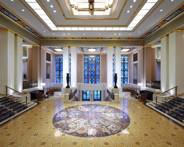Waldorf Astoria Hotel Park Avenue Lobby