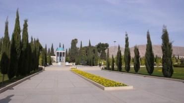 Mausoleum_Saadi_Schiraz_L1050178