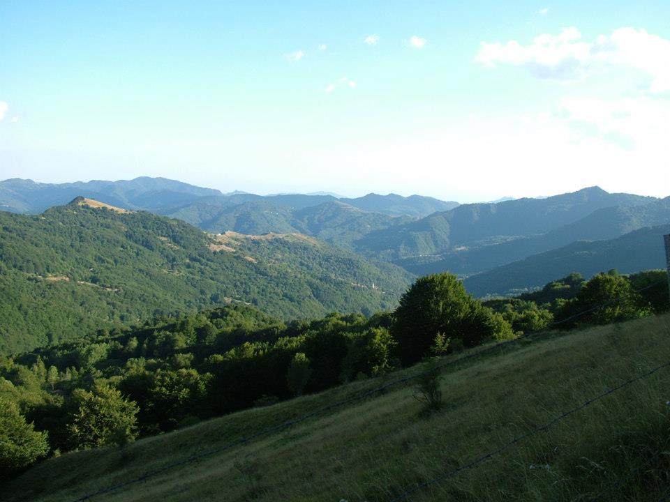 Parco Antola panorama mozzafiato sui monti