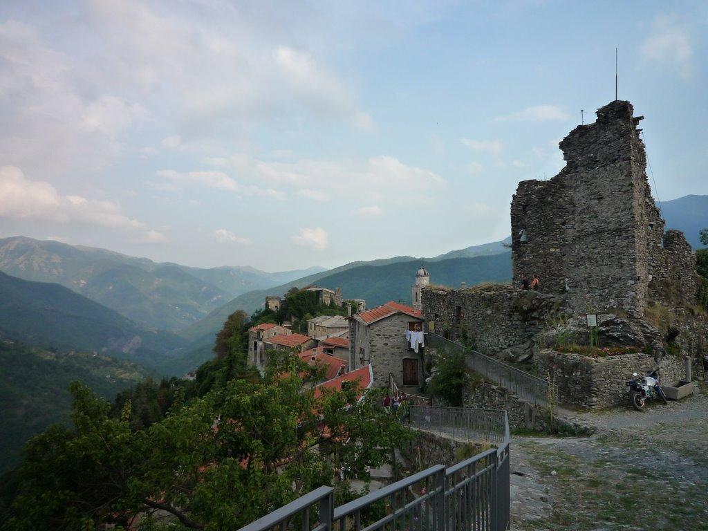 castello di Triora vista