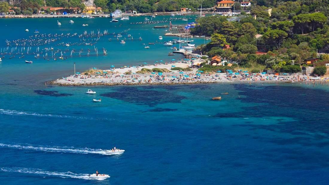Isola Palmaria spiaggia affollata