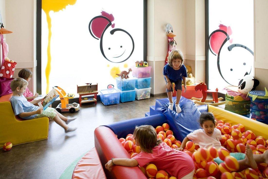 Area-bambini-hotel-savoia
