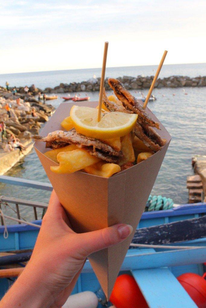 Cinque Terre cono di fritto misto alla ligure