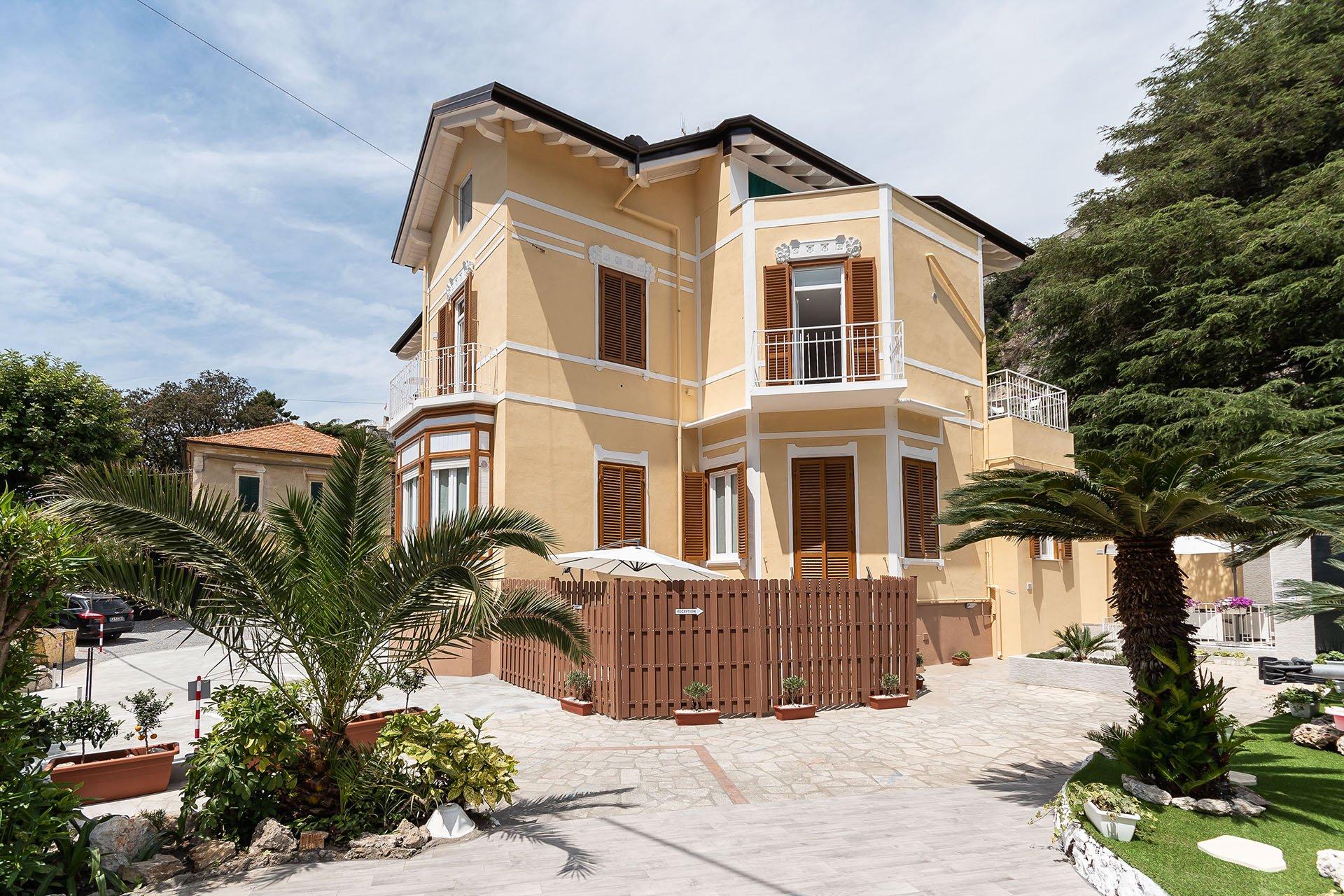 Esterni residence finale ligure