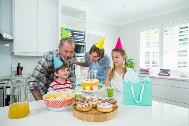festa di compleanno in famiglia