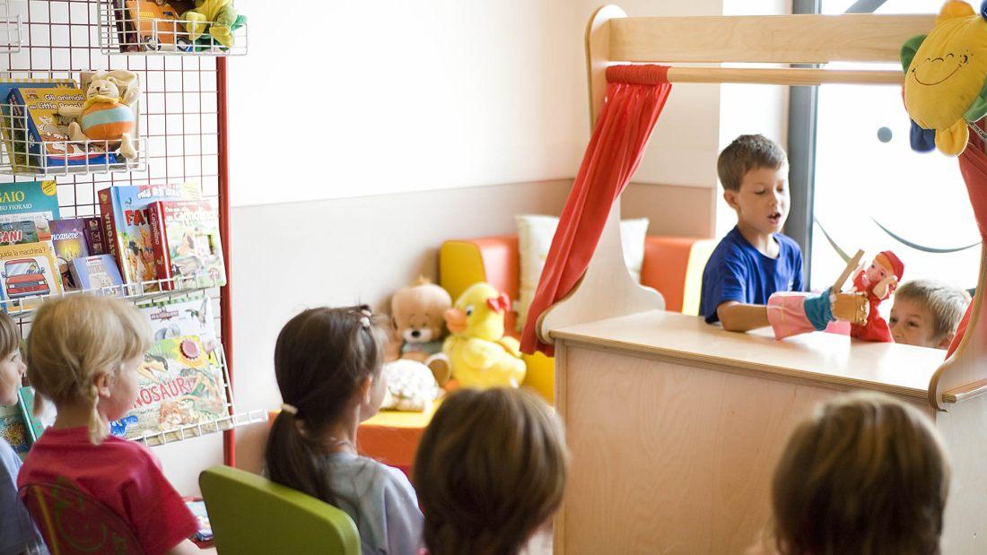 hotel savoia alassio animazione marionette