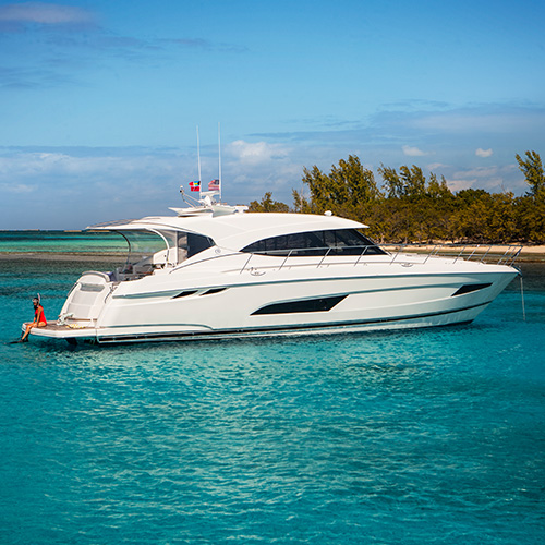 Riviera to host two gleaming motor yachts at the Singapore Yacht Show