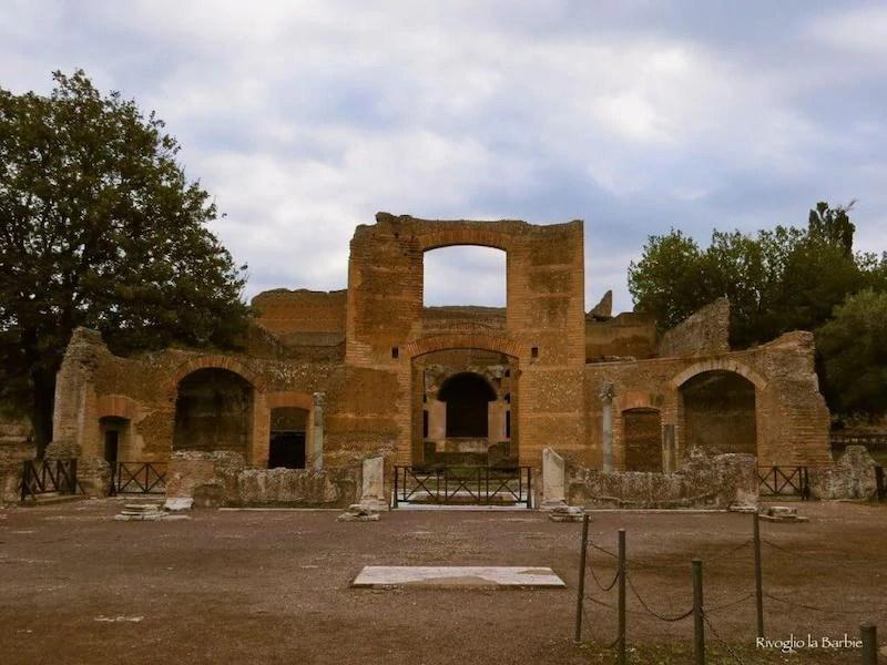 edificio a tre esedre villa adriana