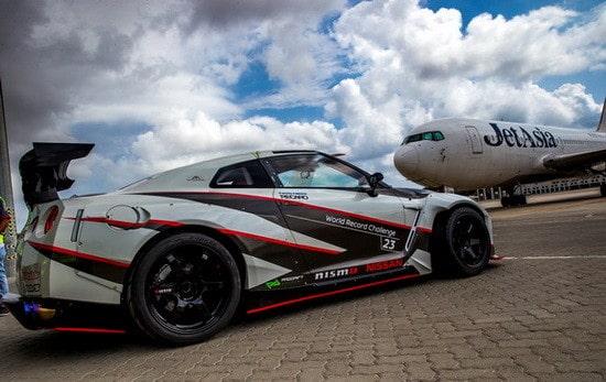 Nissan GT-R Breaks Guinness World Record for Fastest Drift (2)