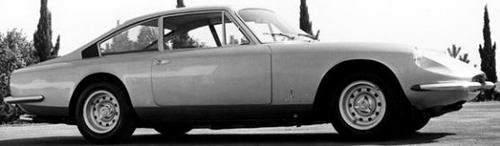 رؤية معاصرة لتاريخ فيراري العريق في فئة السيارات بأربعة مقاعد