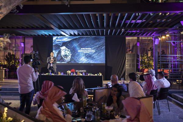 هواوي تطلق أحدث هواتفها HUAWEI Nova 5T وساعة HUAWEI WATCH GT 2 في السعودية
