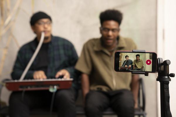تطبيق Dolby On متوفر الآن عبر متجري iOS و Android Google Play