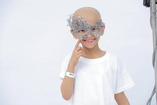 """""""سند"""" الخيرية في المملكة العربية السعودية ترسم ضحكات على وجوه الأطفال المرضى بالسرطان بالتعاون مع """"البقرة الضاحكة"""""""