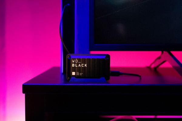 ويسترن ديجيتال توسّع محفظة WD_BLACK للألعاب مع ثلاثة حلول جديدة لمحركات الأقراص ذات الحالة الثابتة SSD