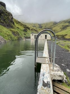 seljavallalaug-swimming-pool-islande