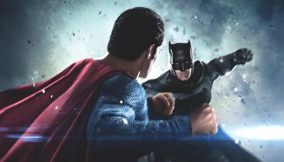 Review Film Batman v Superman, Ceritanya Wah, Tapi Efeknya Biasa Saja