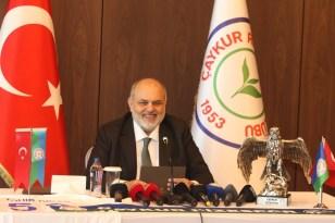 """Tahir Kıran: """"Rizespor'da bu şerefli makama aday olma onurunu yaşamaya karar verdim"""""""