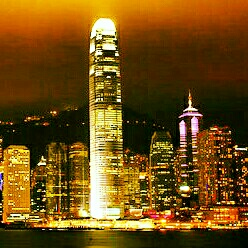 victoria harbour, avenue of the stars, hongkong at night, suasana hongkong di malam hari
