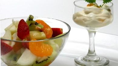 Photo of سلطة فواكه دافئة مع الليمون