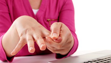 صورة 10 طرق فعالة لعلاج تنميل اليدين والقدمين