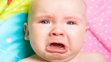 صورة أسباب بكاء الأطفال الرضع وكيفية التعامل معها