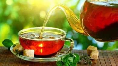 Photo of فوائد الشاي الطبيعية لعلاج الإسهال وتنظيف الأمعاء من السموم