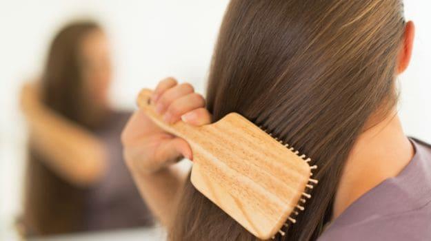 افضل 11 منتج لعلاج تساقط الشعر وتكثيفه بطريقة فعالة