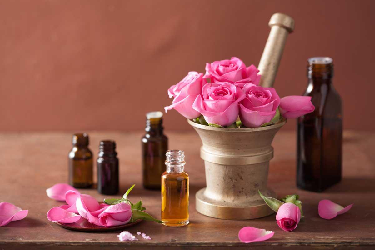 ماسك الورد وزيت الزيتون
