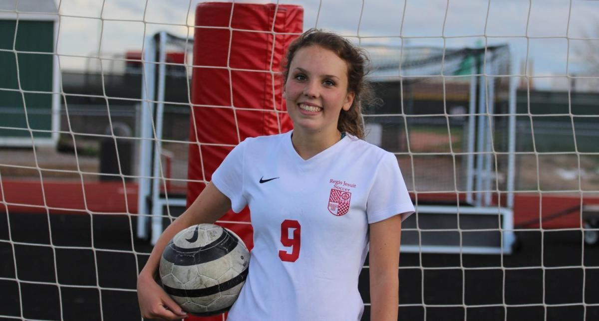 Junior Ava Laden Comits to Cornell For Soccer